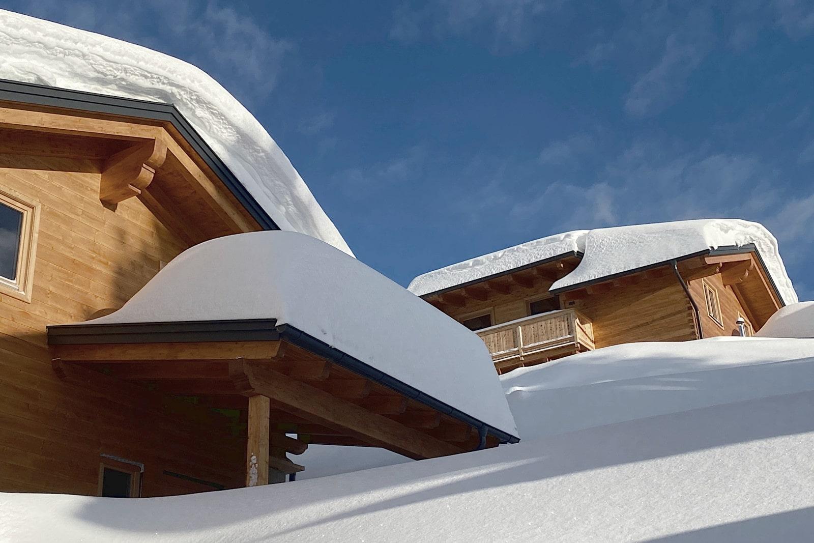 Heidi-Chalet-Falkert-Heidialm-Bergwinter-Detail-Schnee-Winter