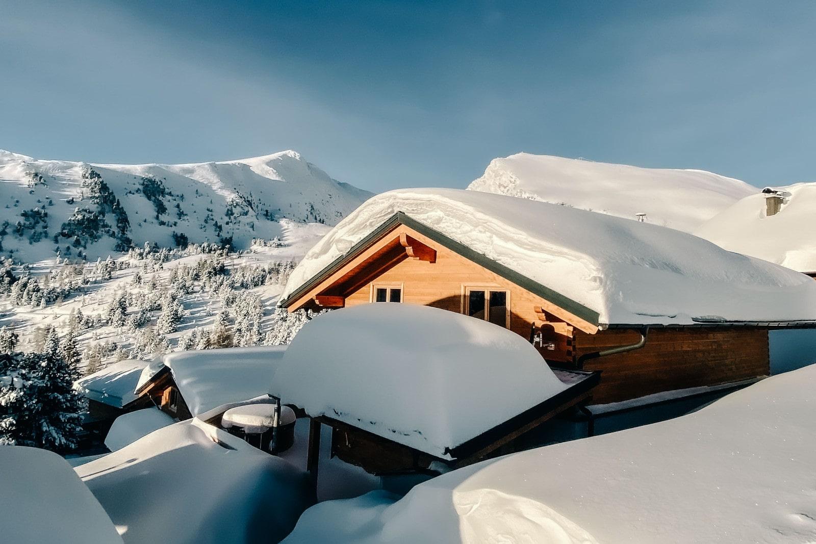 Heidi-Chalet-Falkert-Heidialm-Bergwinter-Ski-Piste-Rodresnock-Falkertspitz-Winter