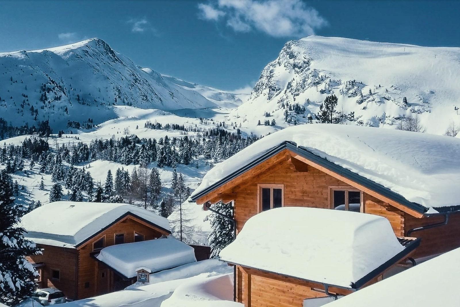 Heidi-Chalet-Falkert-Heidialm-Bergwinter-Ski-Piste-Rodresnock-Falkertspitz