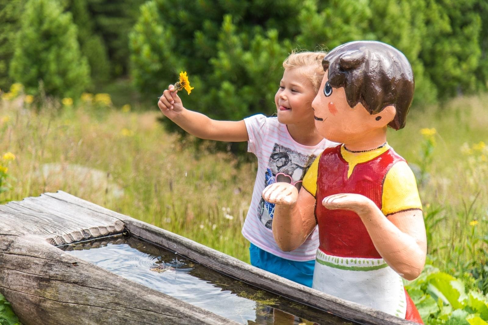 Heidi-Chalet-Falkert-Heidialm-Falkertsee-Kinder-Wasser
