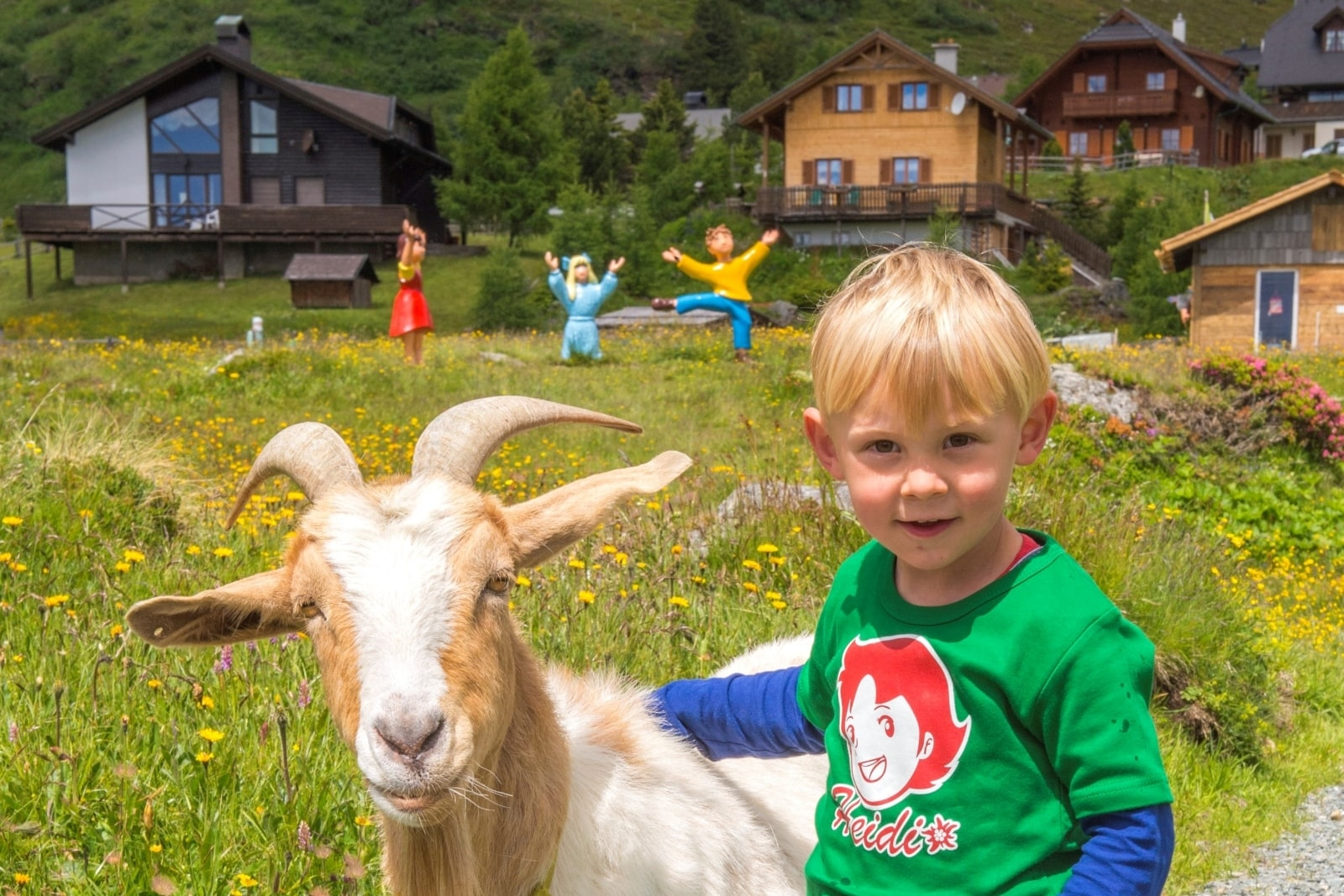 Heidi-Chalet-Falkert-Heidialm-Falkertsee-Kinder-Ziege