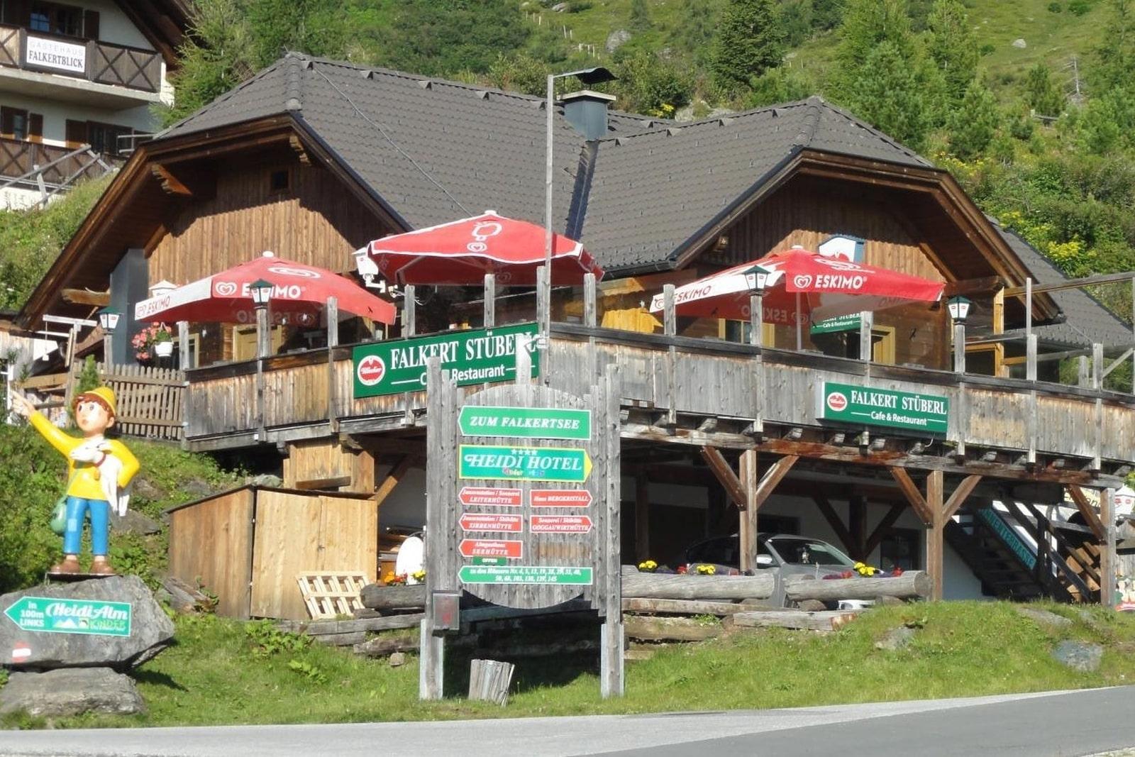 Heidi-Chalet-Falkert-Heidialm-Restaurant-Falkert-Stueberl-Sommer