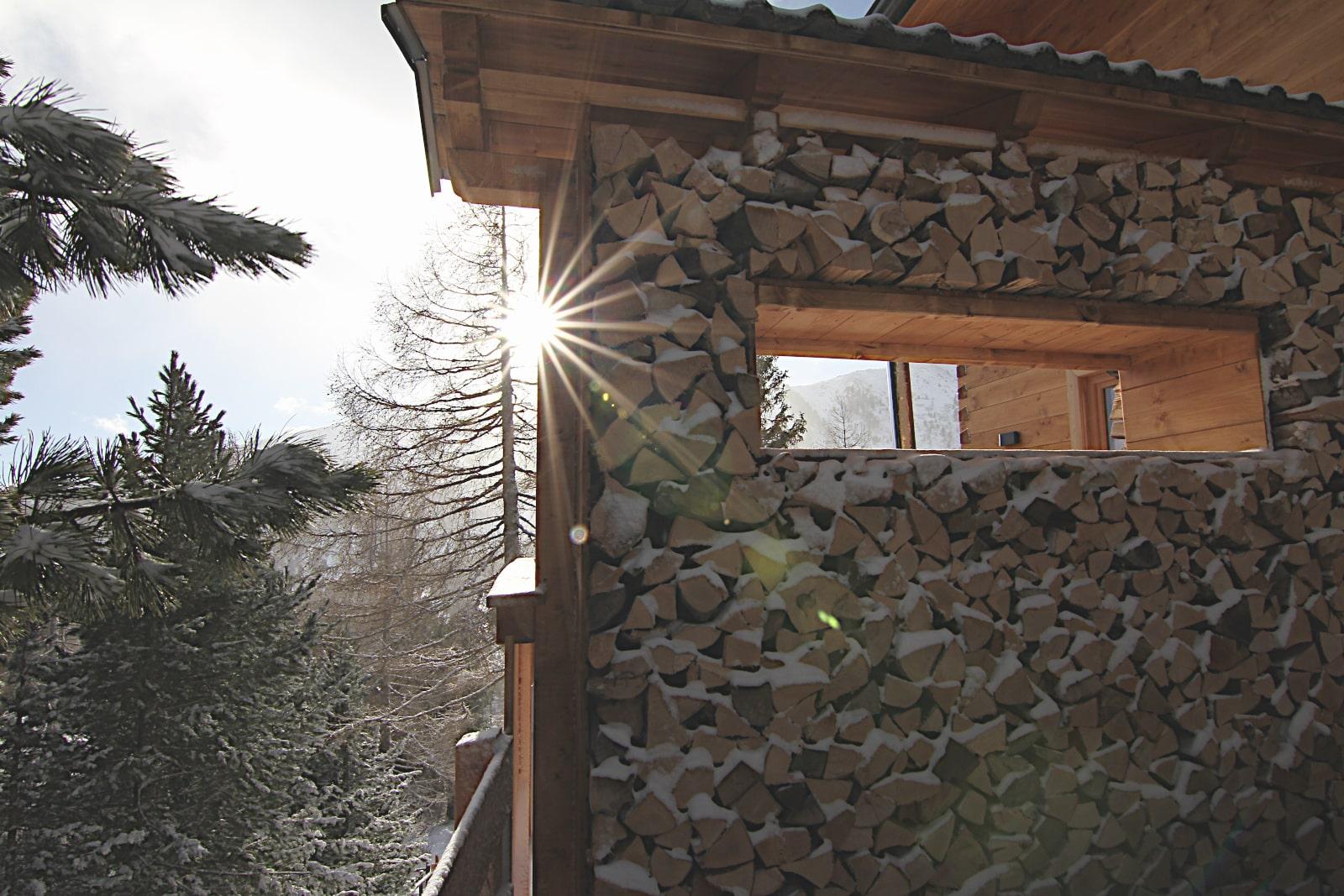 Heidi-Chalet-Falkert-Heidialm-Almsommer-Winter-Holzlager
