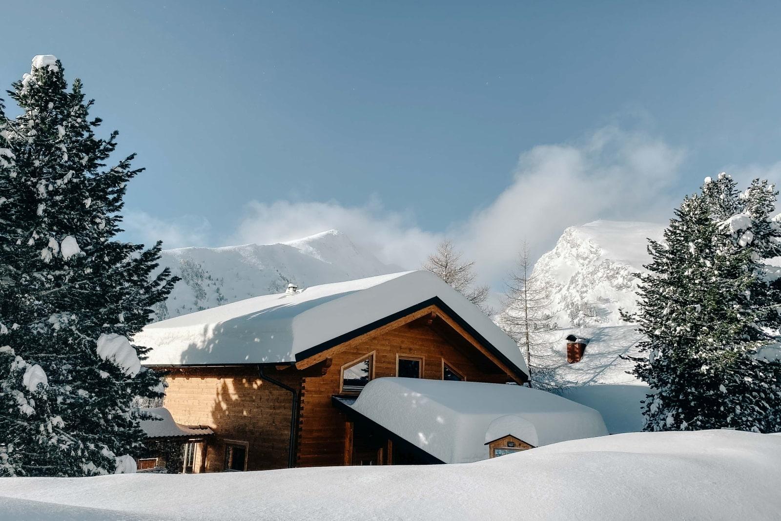 Heidi-Chalet-Falkert-Heidialm-Almsommer-Winter-Ski-Winter-Berge