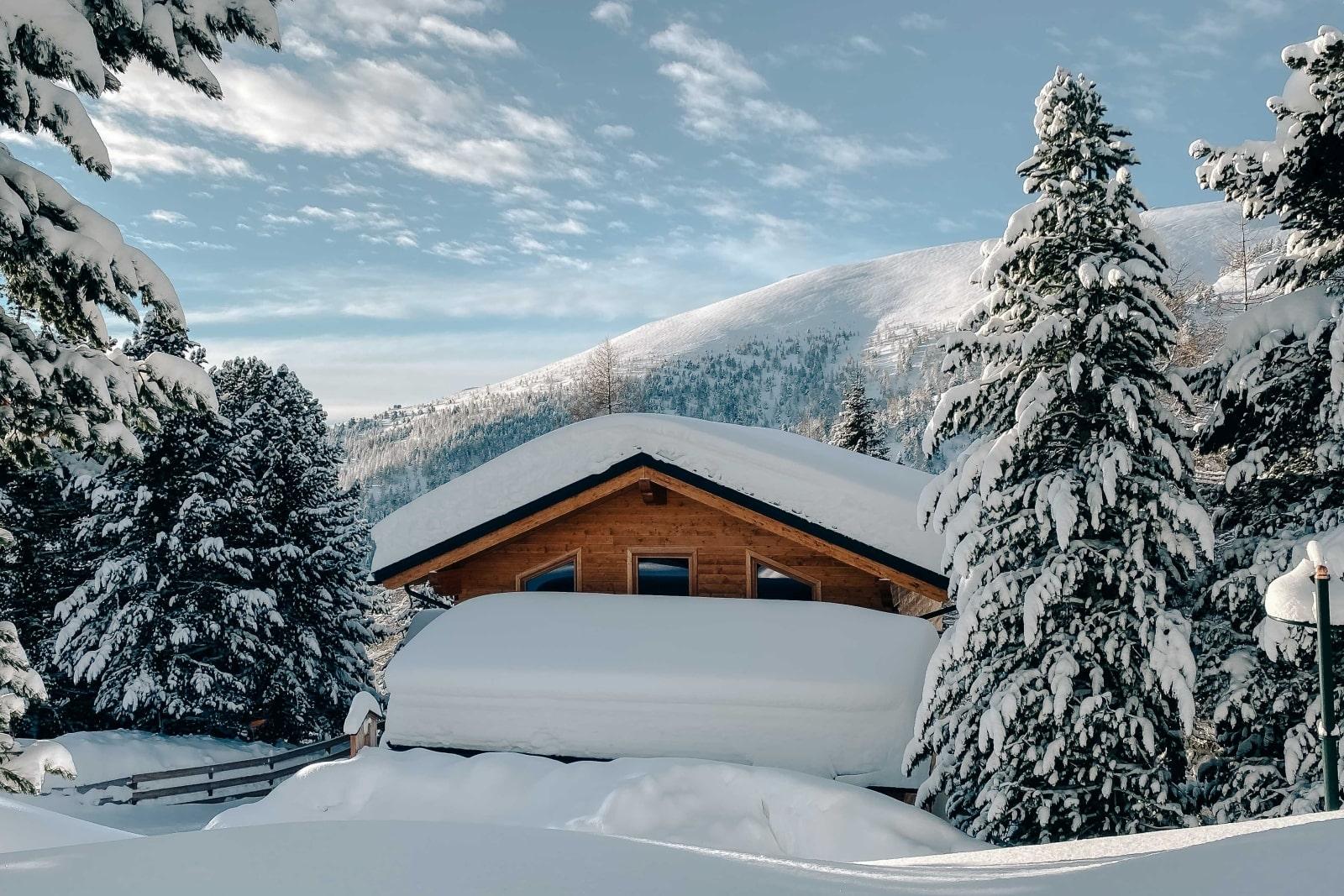Heidi-Chalet-Falkert-Heidialm-Almsommer-Winter-Ski-Winter-Bergwald-Rodresnock