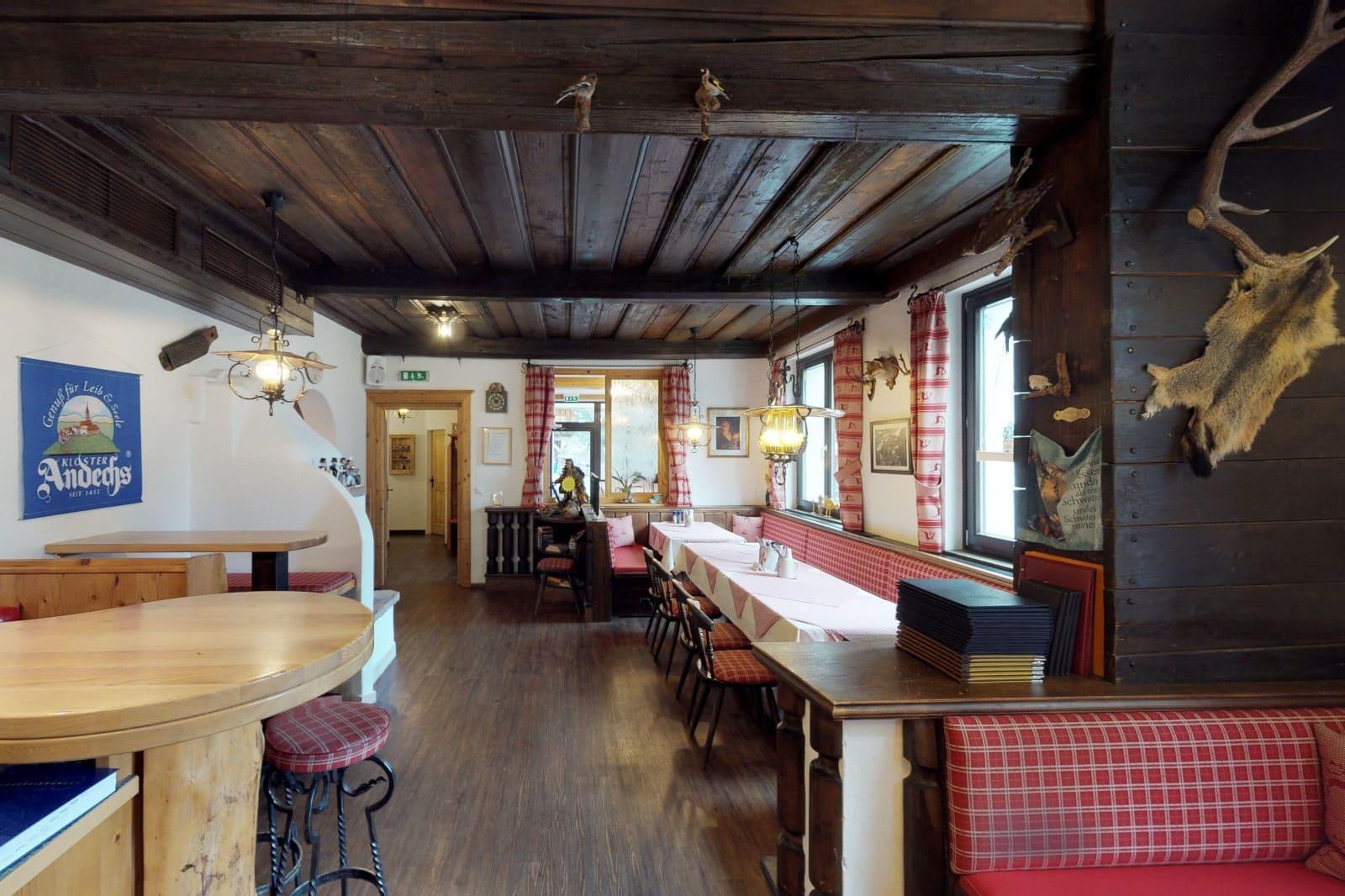 Heidi-Chalet-Falkert-See-Restaurant-Kaertnerhaus-Theke